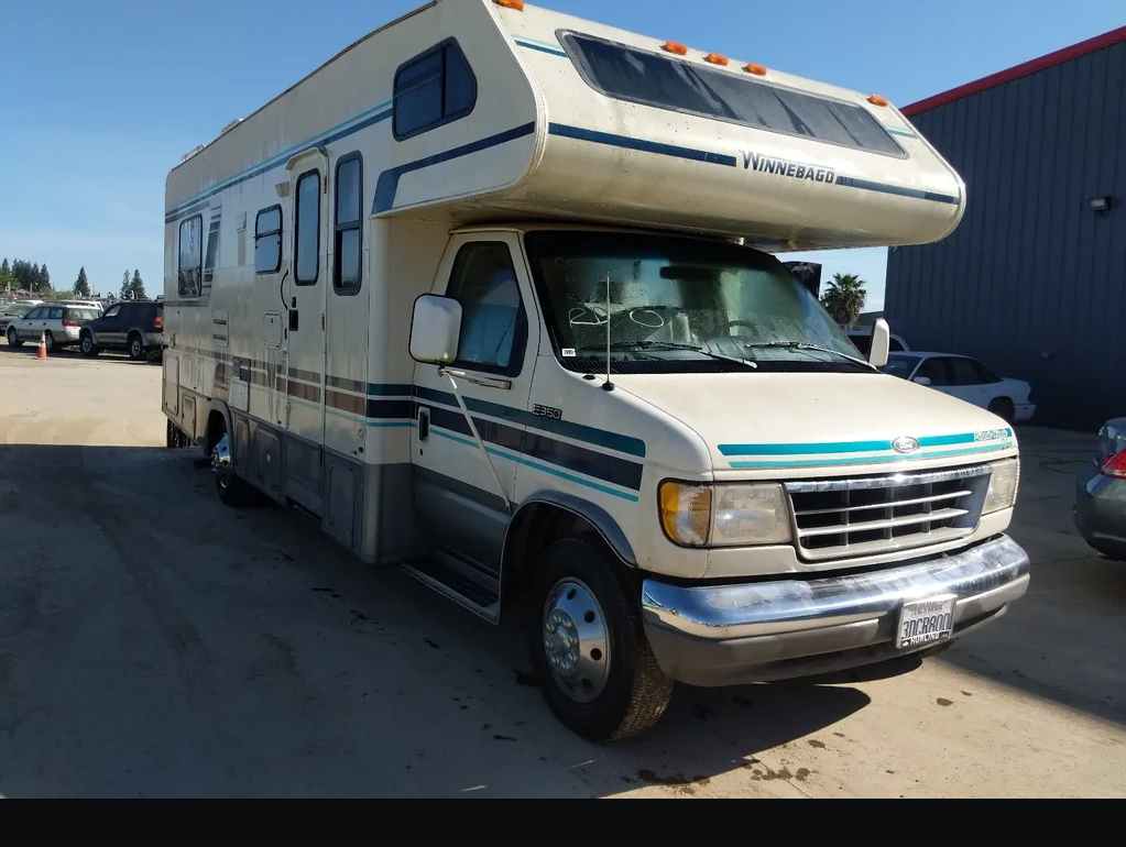 1993 FORD E-350 Winnebago Motorhome