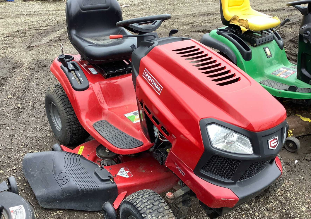 Craftsman model T-2400 LGT, has a briggs & Stratton 19hp platinum motor, 46″ mower deck