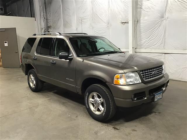 2004 Ford Explorer XLT 4WD